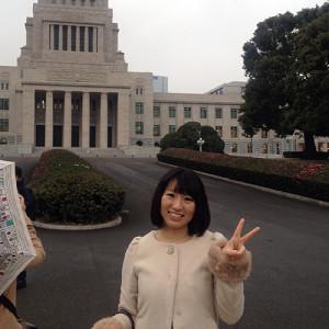 雨の国会議事堂前